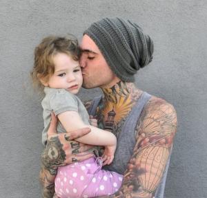 child-cute-dad-father-girl-Favim.com-195724_large